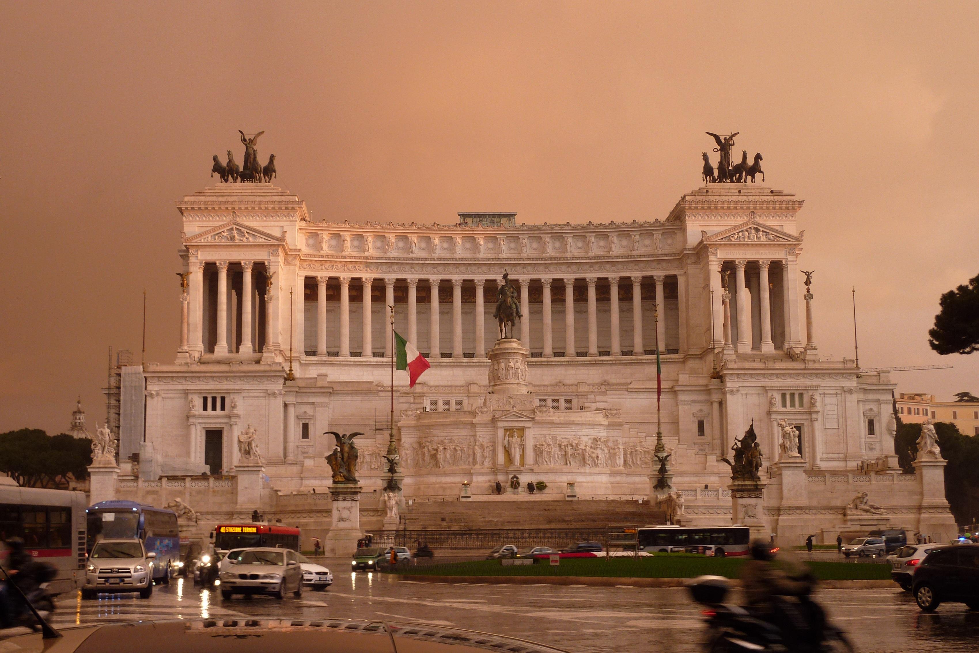 Monumente Nazionale a Vittorio Emanuele II (National Monument to Vittorio Emanuele II)